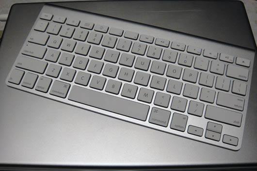 Apple_Wireless_Keyboard_030.jpg